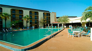 Holidays in Comfort Inn Universal Orlando Holiday by TailorMadeFlorida.com