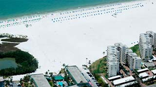 Holidays in Holiday Inn Fort Myers Beach by TailorMadeFlorida.com