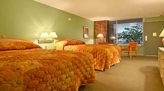 Holidays in Ramada Plaza Gateway Hotel by TailorMadeFlorida.com