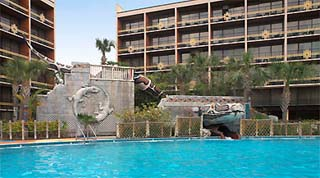 Holidays in Sheraton Safari Hotel and Suites by TailorMadeFlorida.com